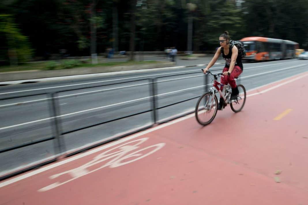 Fotografica de avenida reperesentando a mobilidade urbana no prêmio vozes do Estadão