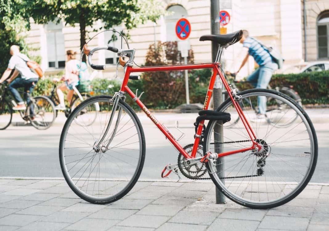 Fotografia de bicicleta relacionado ao futuro da mobilidade