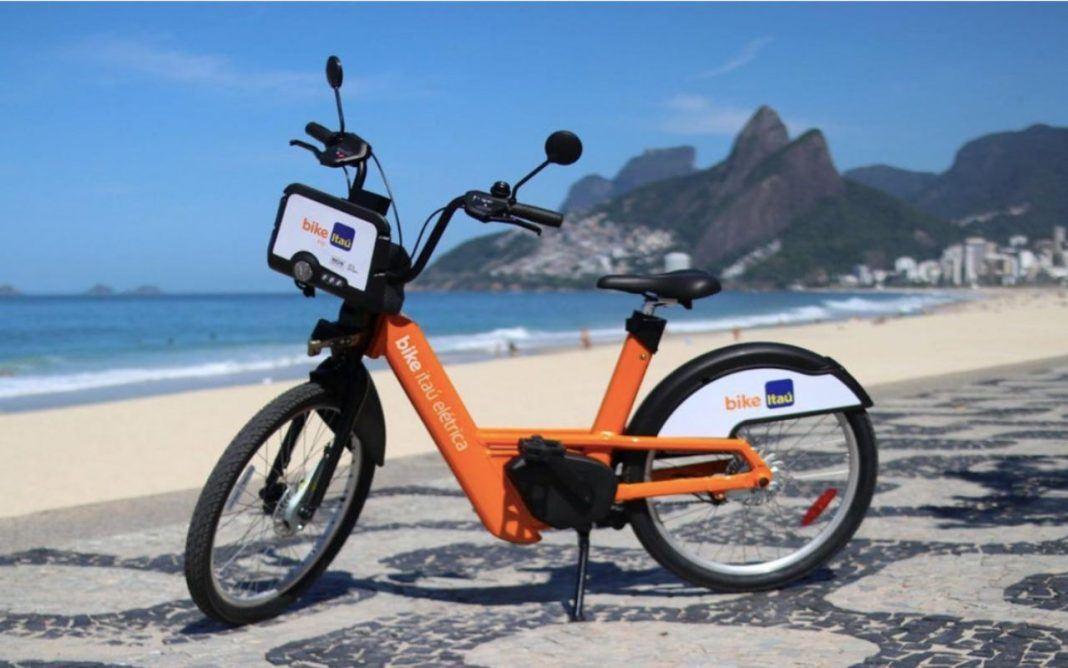 Fotografica de bicicleta elétrica que endatiza a alta do mercado