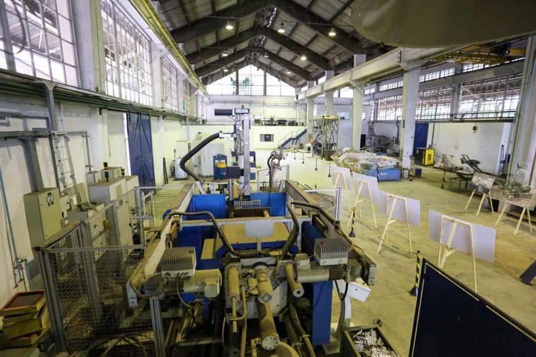 Fotografia do laboratório faculdade Inteli